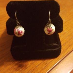 Flower design earrings